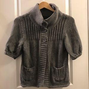 Express gray cape